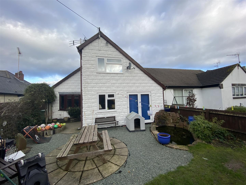 5 bedroom detached bungalow for sale